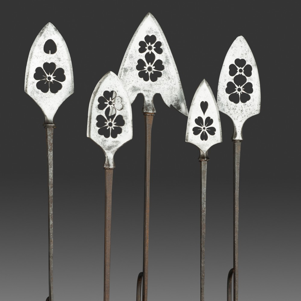 A Set of Five Arrowheads, or Yanone,